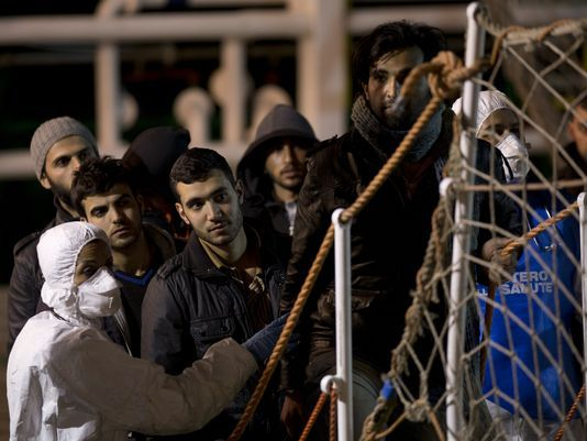 Kirsten Powers: Christians thrown overboard left to drown by Obama Obama only mentions Christians to lecture them, rather than defend them from persecution. Kirsten Powers USA TODAY April 21, 2015