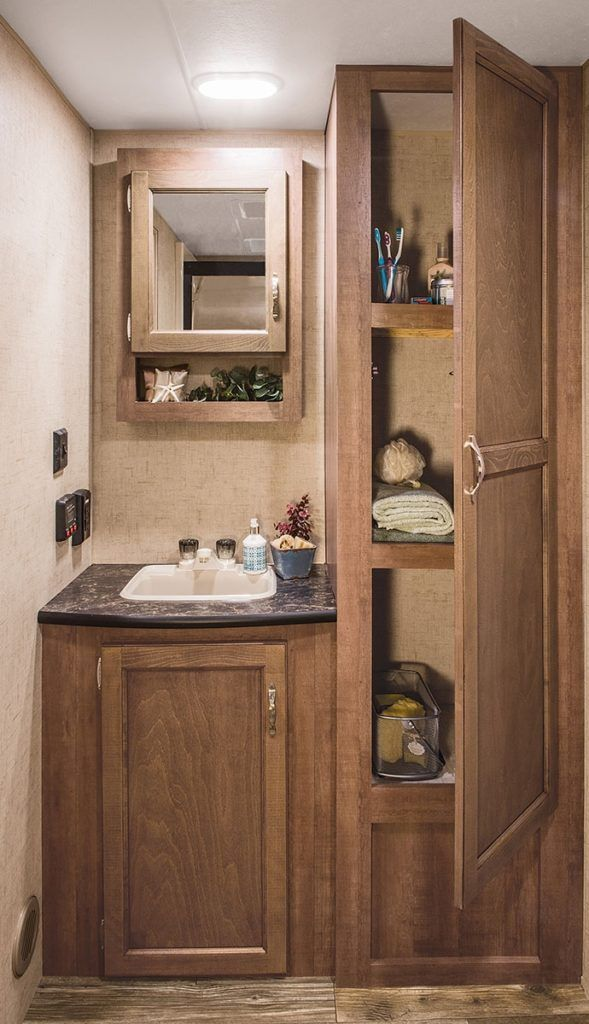 25 Best Ideas About Rv Bathroom On Pinterest Cheap