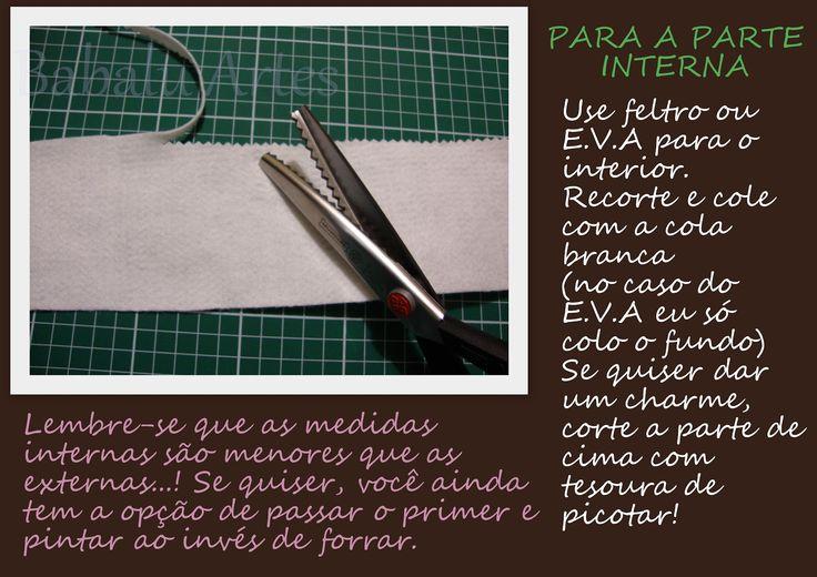 Materiais:     Lata  Tecido  Primer para metais  Tinta PVA ou acrílica branca  Escova pequena ( tipo escova de dentes )  Alicate cha...