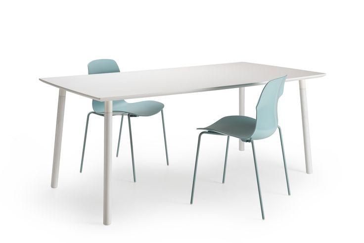 Lehti dining table designed by Isko Lappalainen.