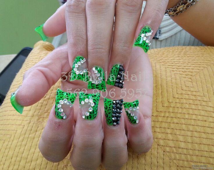 Duck feet nails | flare tip nails | nail art design ideas