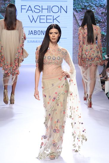 Arpita Mehta. LFW 15'. Indian Couture.