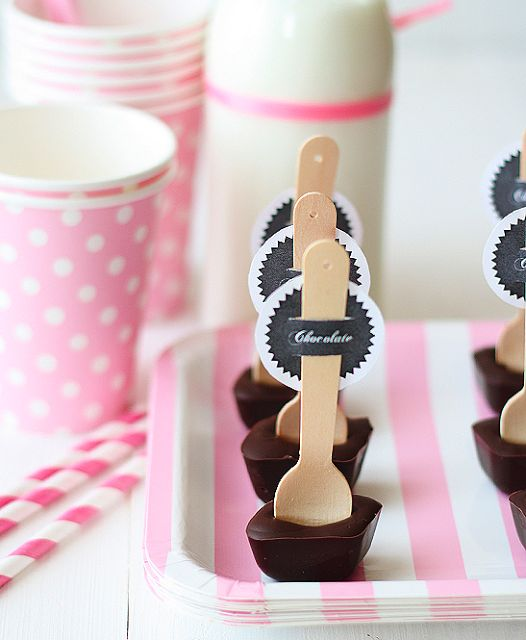 la decoración de mis mesas: ♥ Ideas para fiestas: Cucharas con chocolate