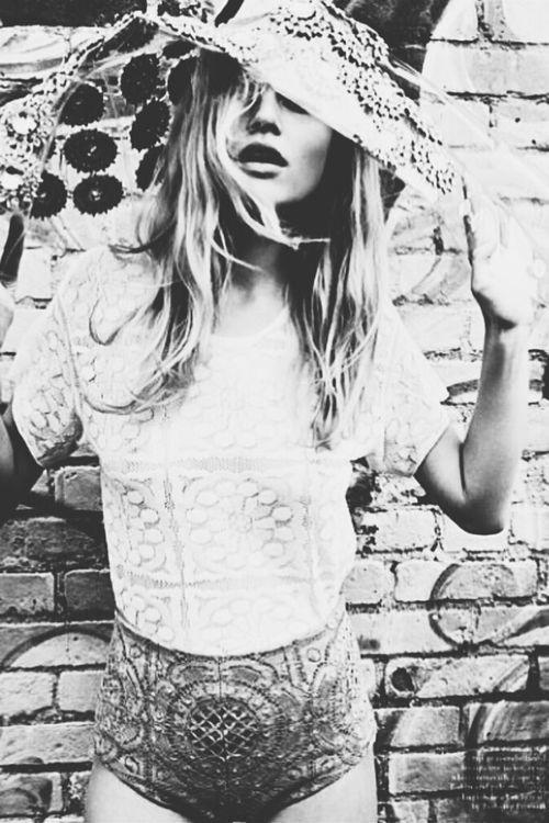 ☮ American Hippie Bohemian Style ~ Boho Black & White