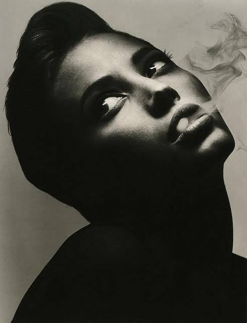 Women's smoke