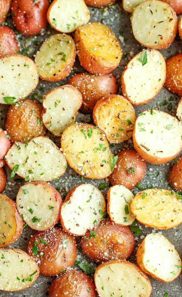 Garlic Parmesan Roasted Potatoes Recipe