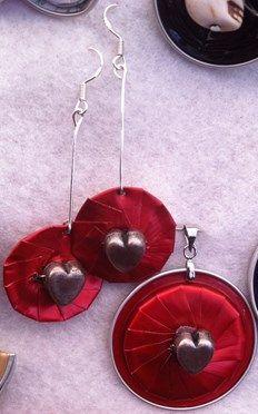 Boucles d'oreilles (argent925)et pendentif en capsules Nespr - Petites annonces gratuites sur anibis.ch