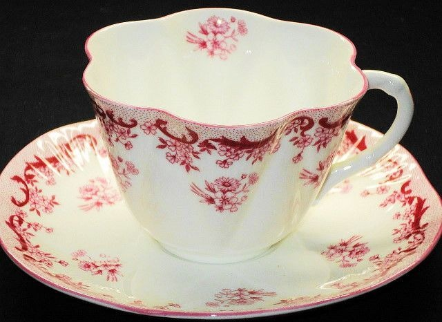 Shelley Dainty HEAVENLY PINK Tea cup and saucer Teacup