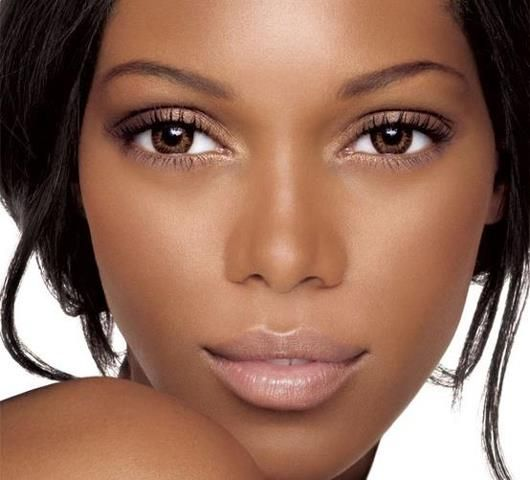 This is how I want to look when I wear make up. Clean and natural and flawless!