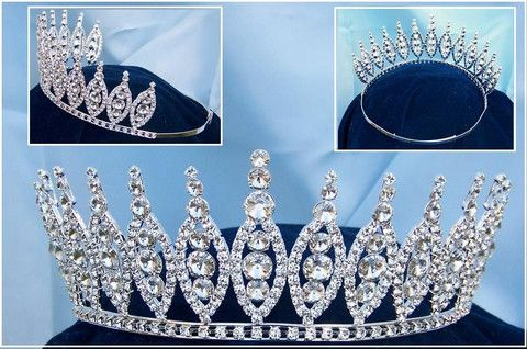 Queen of The Seven Seas RHINESTONE BEAUTY PAGEANT RHINESTONE CROWN TIARA 3 IN TALL Reina De Los Siete Mares ( Queen of The Seven Seas ) Inspired by tales of the sea, mermaids, godesses and legends of
