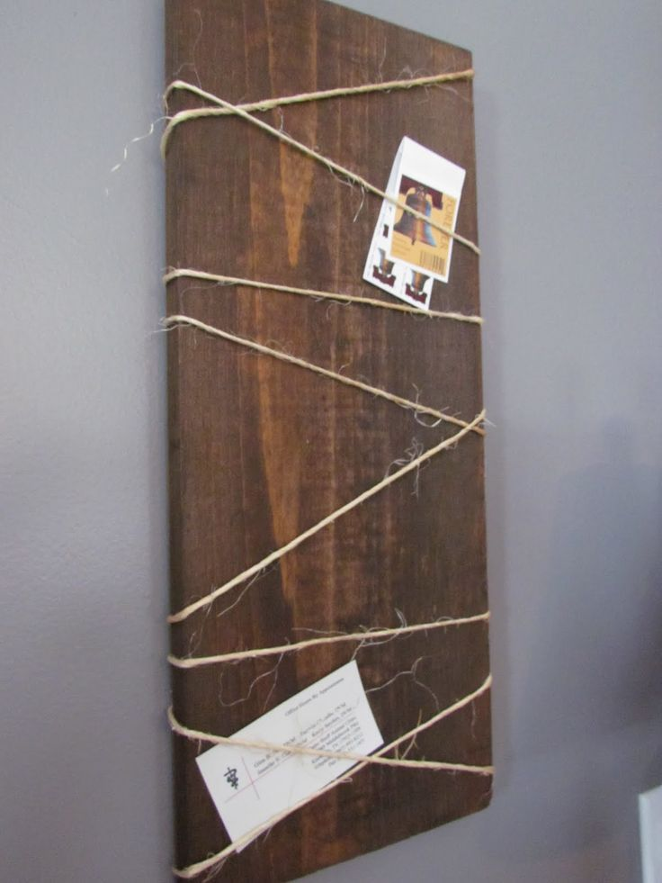 DIY Rustic Decor • Ideas and tutorials, including this DIY wood hanging note board by 'Southern Whim'!