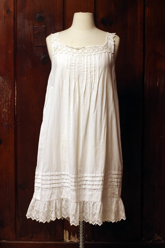 edwardian slip / nightgown / antique white by vintagearchives, $95.00