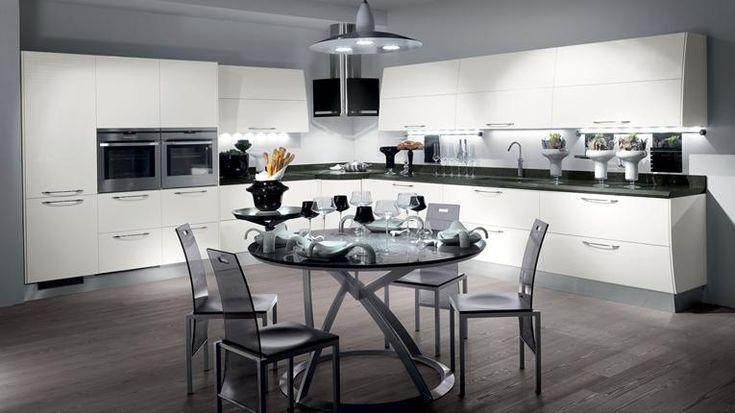Le idee per sfruttare gli angoli della cucina moderna