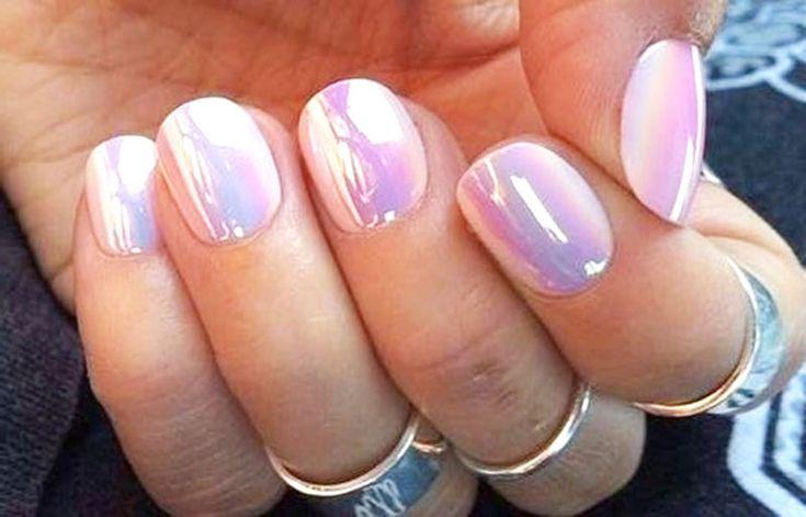 Niets is zo vervelend als stroperige nagellak. Je kunt het eigenlijk niet meer gebruiken, of wel? Nagellak verdunnen is eenvoudiger dan je denkt.