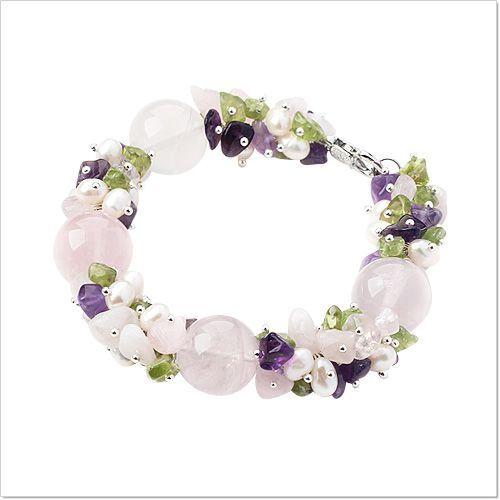 Очаровательный браслет из натуральных камней в пастельных тонах