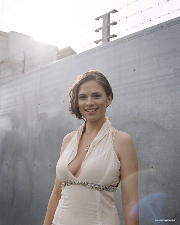 hayley atwell | Hayley Atwell Loves Captain America: The