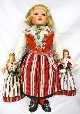 Schildkrote doll in Swedish costume