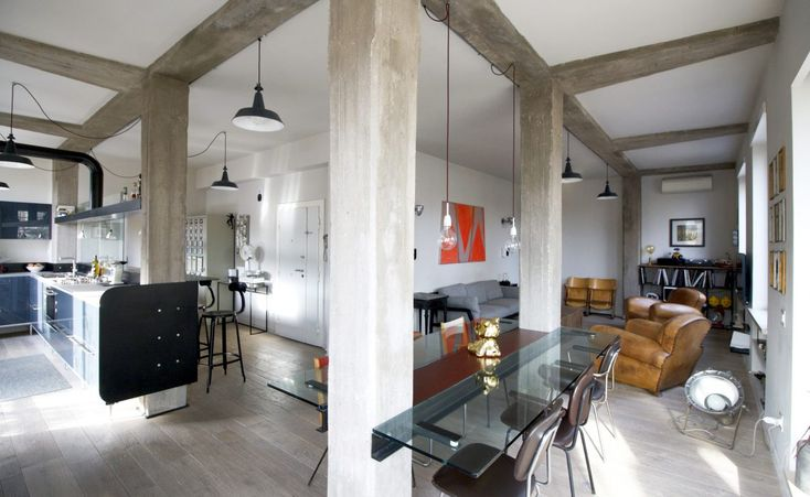 An informal apartment in Rome