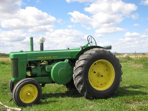 Antique John Deere R Tractor : Best images about john deere early on pinterest