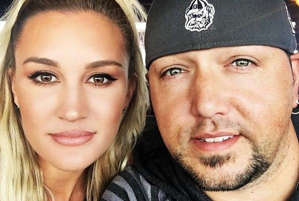 Jason Aldean's Face Swap With His Wife Brittany Will Have You Rolling On The Floor