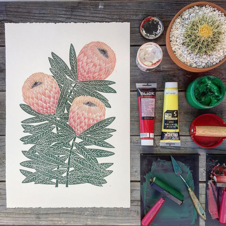 Gorgeous protea print by Lili Arnold with some of her favourite printmaking tools.