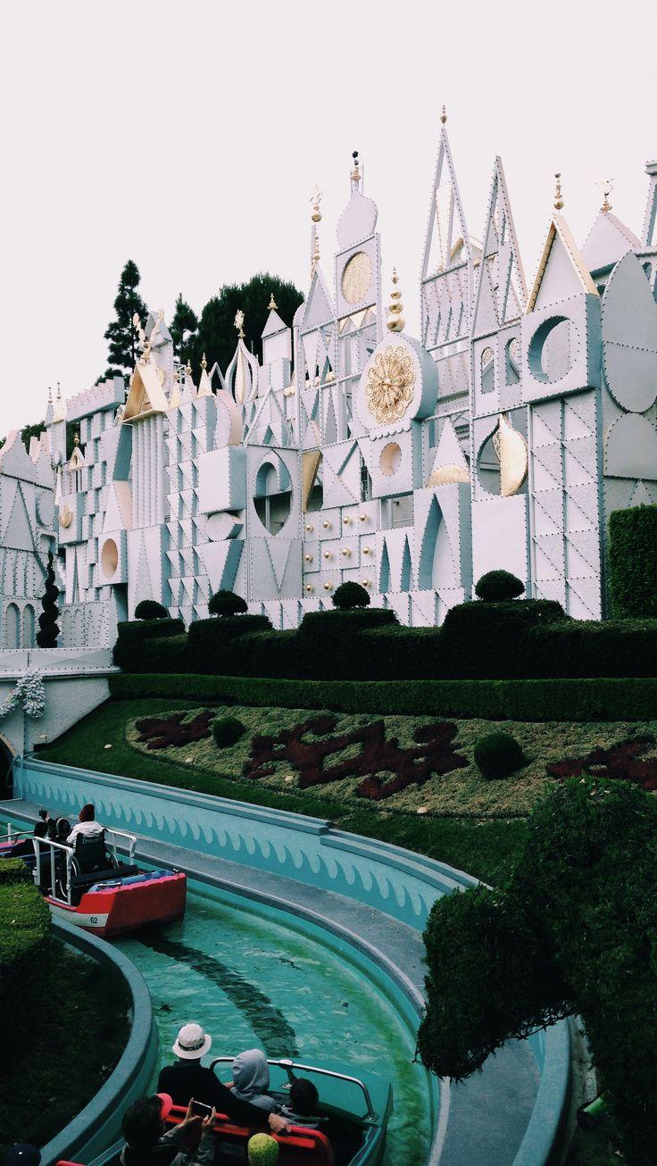 25 Best Disney Furniture Ideas On Pinterest: 25+ Best Ideas About Disneyland Photography On Pinterest