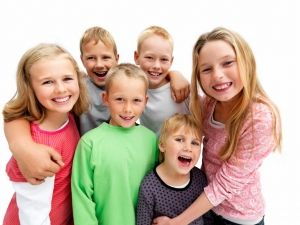 Dr. George House offer general, cosmetic & kids dentistry in Red Deer, Alberta. And also specialized in esthetic dentistry, root canal & extractions. Call us today!