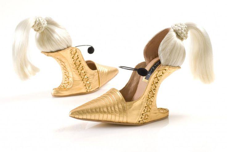 Scarpin Preto - http://www.scarpinpreto.com/top-os-20-sapatos-mais-bizarros-do-mundo/
