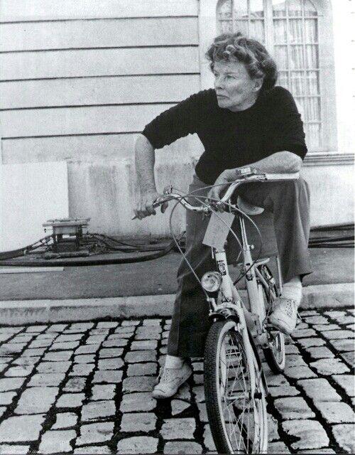Katharine Hepburn, just being awesome.