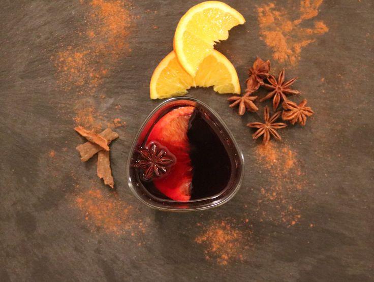 On approche de Noël alors quoi de mieux qu'un bon vin chaud emmitouflé dans sa couverture polaire devant un feu de cheminée. Ou alorsjuste un soir en sortant du travailen apéritif avec ses …