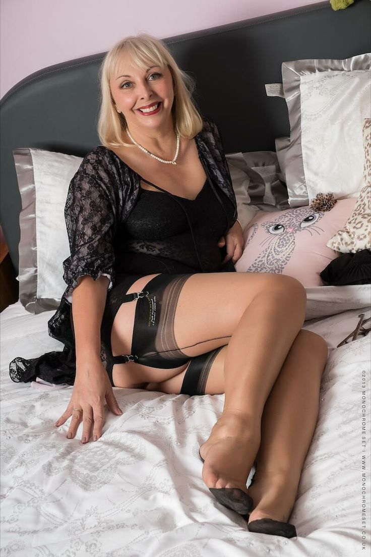 Nylons Addicted Milf  Mature  Stockings, Stocking Tops -1732