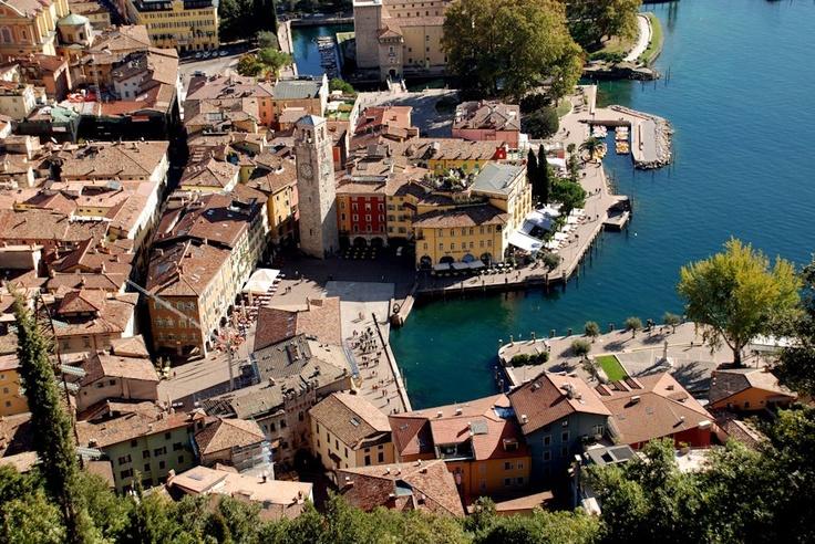 Passate un weekend con la vostra famiglia al Lago di Garda!