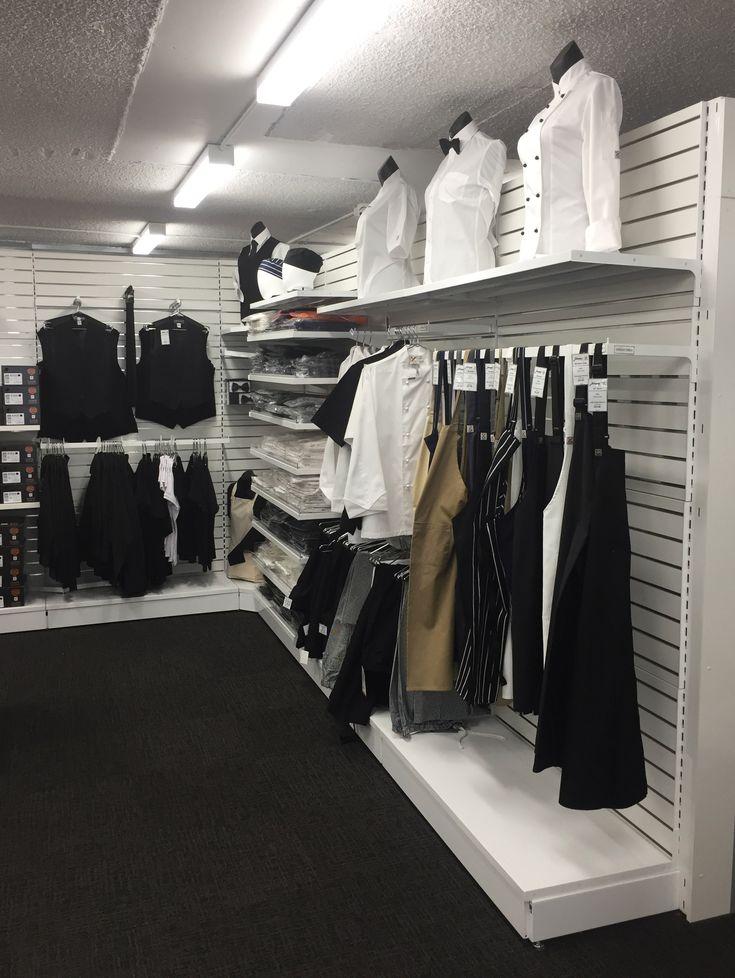 #sfsi #install #chefjohnson #clubchef #surryhills #MAXe #freestanding #white #corner #hangingaccessories #backpanels #slotsystem #slotwall #torso