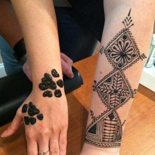 Puppy paws and Moroccan Henna.: Moroccan Henna, Henna Tattoo