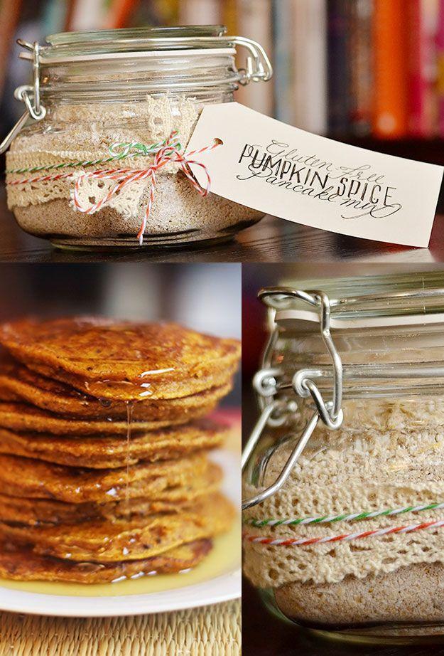 Gluten-Free Pumpkin Spice Pancake Mix | 24 Delicious DIY Food Gifts In Jars