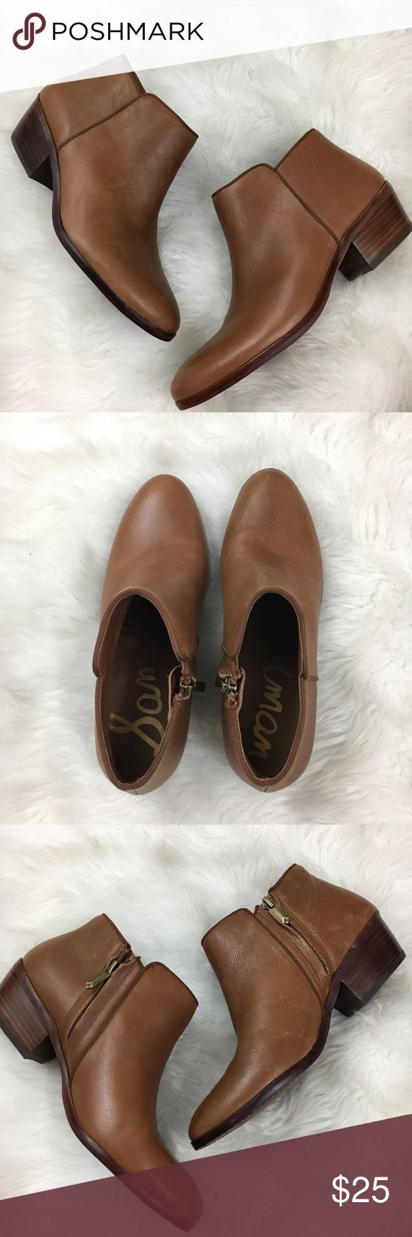 """Sam Edelman Petty Chelsea ankle boot tan leather 7 Leather ankle boot, Chelsea style, side zip, heel height 1.5"""". One boot was a display shoe, so it has a slight different appearance, once you wear the other one in, you won't be able to tell the difference. Sam Edelman Shoes Ankle Boots & Booties"""
