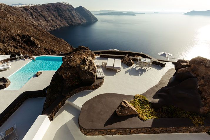 Jaw Dropping Views Of The Mediterranean From The Aenaon Villas In Santorini, Greece | http://www.yatzer.com/aenaon-villas-santorini-greece