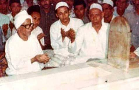 Image result for habib lutfi bersama habib saleh