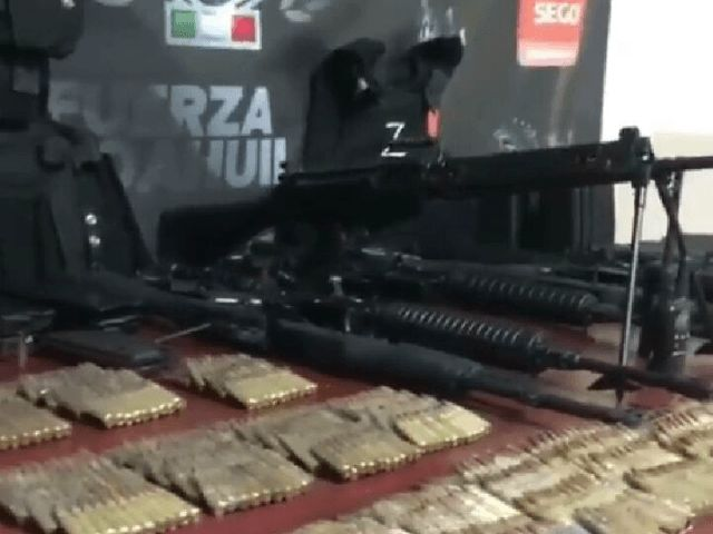 CIUDAD ACUNA, Coahuila — Members of the Los Zetas cartel continue their efforts to stockpile weapons near the Texas border. In the most recent failed attempt, authorities seized numerous assault rifles and body armor.  Officials made the seizure when members of the cartel hunting police unit...