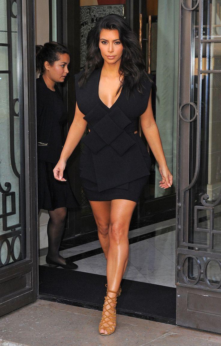 "kimkanyekimye: ""Kim leaving Le Royal Monceau Hotel in Paris 9/28/14 """