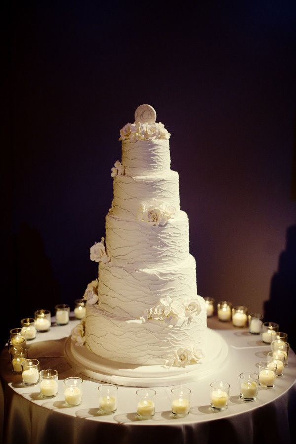 Wedding Cake from The Cake Studio ~ Photography by robertandkathleen.com