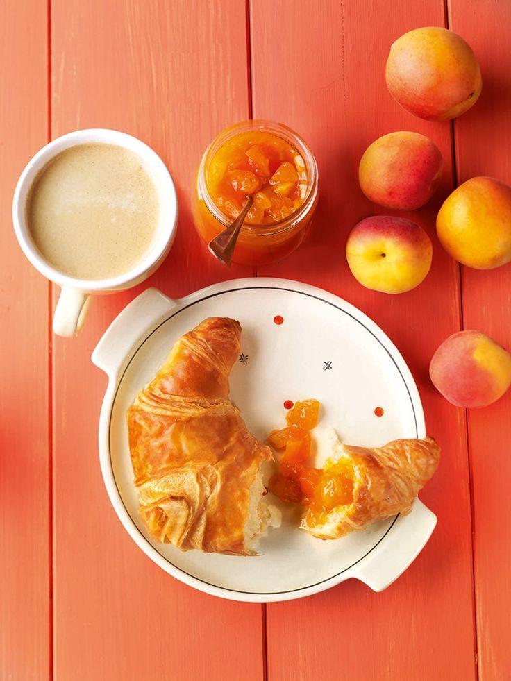 Aprikosen-Mango-Konfitüre -  Fruchtiger Fruchtaufstrich aus sonnig-gelben Früchten