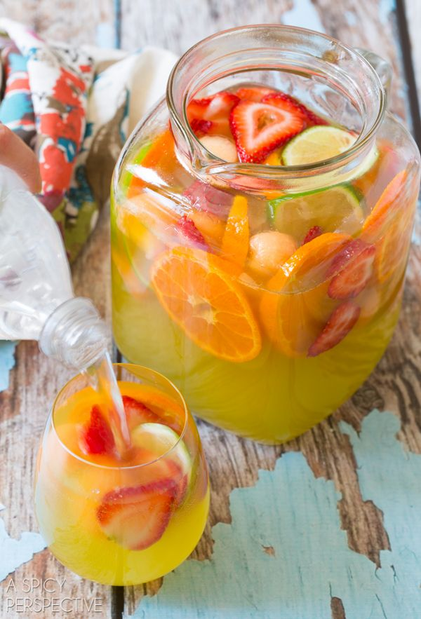 Sparkling White Sangria 6.76k 215 96 Saunter in summer with a cool refreshing pitcher of white sangria! I've got a classic white wine sangri...