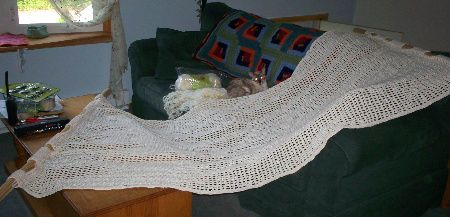 crochet hammock pattern Summer Days: 12 Gorgeous Crochet Hammocks for Relaxation and Rejuvenation  Last one is only one with pattern
