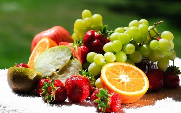 No início da dieta, entender quais frutas tem menos carboidratos será uma super mão na roda. Veja uma lista da quantidade de carboidratos das frutas.