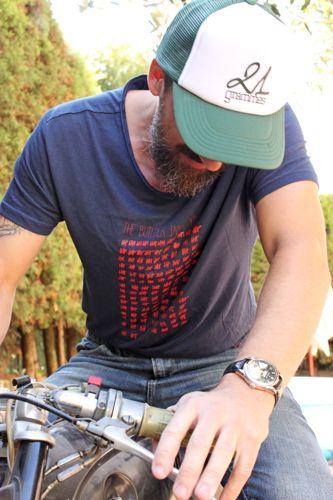 Tee-shirt homme - Your sexy Bike version bleu foncé - Commande en MP sur notre page FB : https://www.facebook.com/21grammesmotor?ref=hl