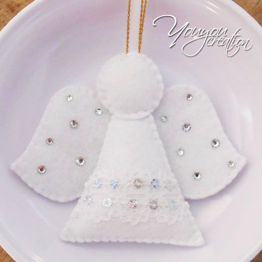 This lovely white angle are perfect to hang on your christmas tree or a gift for your love one. They are made from felt. And it is completely hand-stitched and all pieces hand cut. Fill up with fiber, u will felt slightly softness when u press it. And the rhinestone will bring some shine under the light! Listing are for 1 piece. Measures approx: 10cm x 8.3cm (at the widest part) Ribbon lenght :12cm You can customize by choosing the color of the you like from the last photo. If you ...