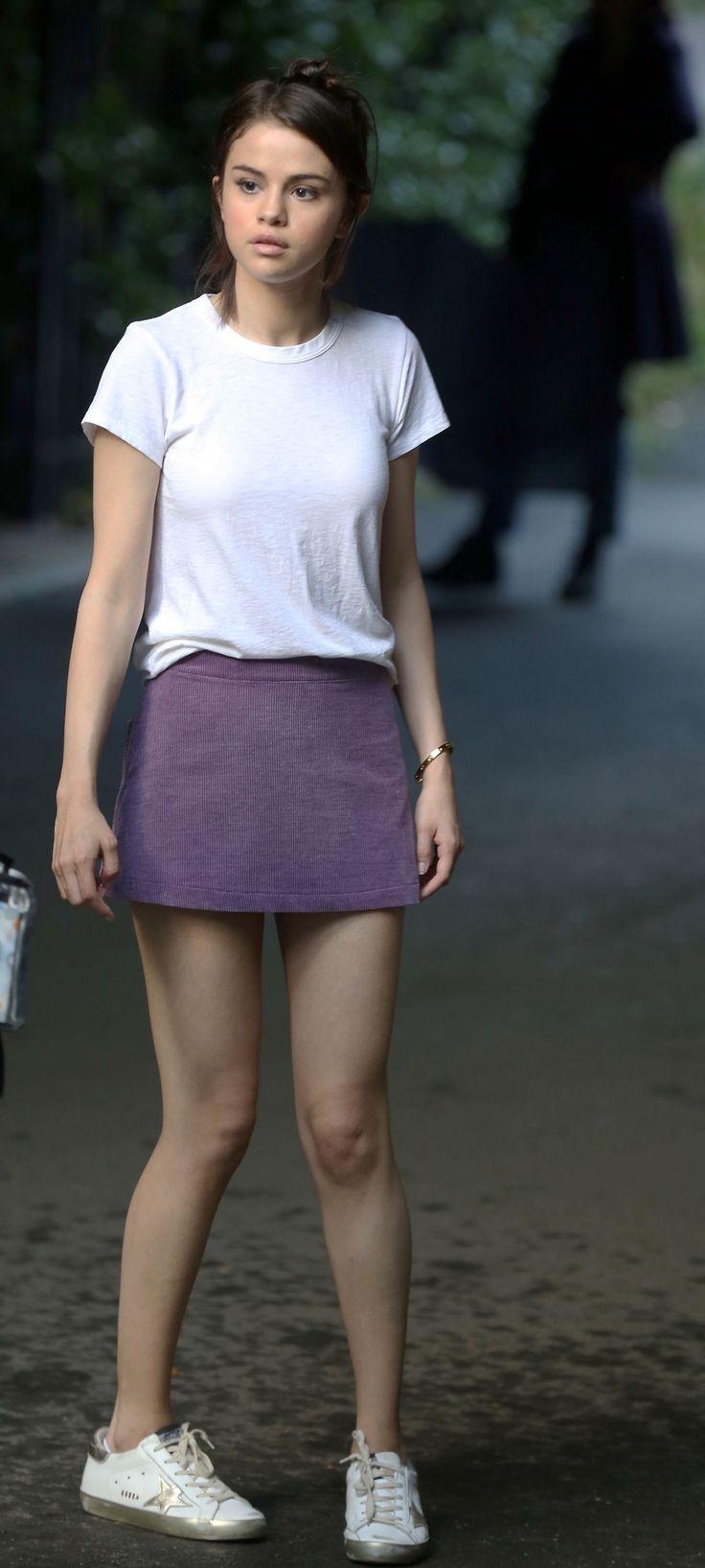September 26: Selena seen on set of Woody Allen's film in New York, NY [HQs]