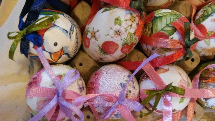 Huevos con servilletas