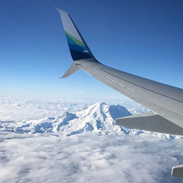 Mount Rainier looking spectacular this morning! @alaskaair #travel #fun #flight #alaskaairlines #instatravel #instagood #mountrainier #snow by (2dogs1human). mountrainier #instagood #alaskaairlines #fun #flight #instatravel #snow #travel #eventprofs #eventplanning #viewfromthetop #views #popular #trending #events #eventprofs #meetingprofs. [Like us on Facebook at www.facebook.com/MICEFX for more...]